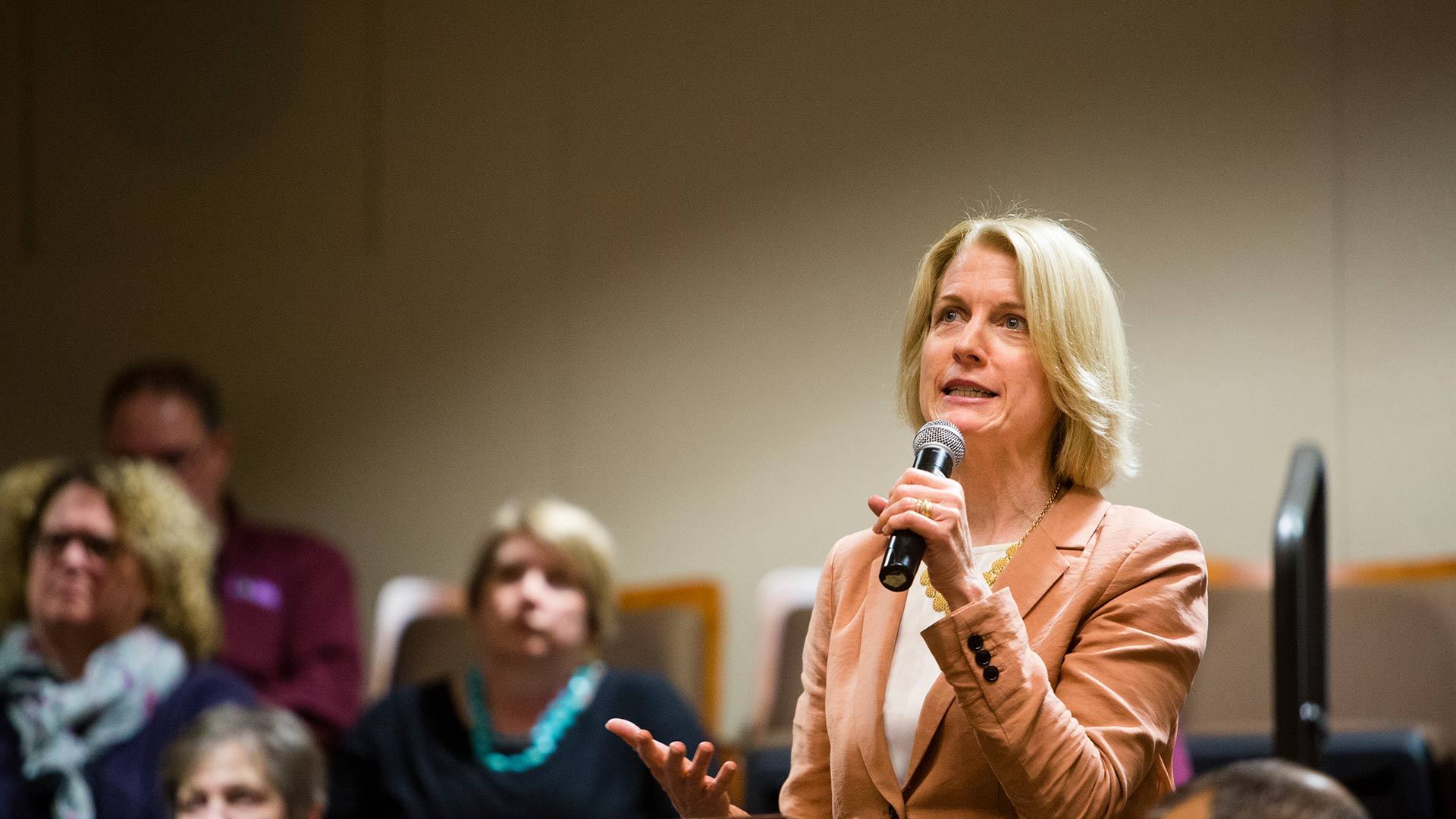 Laura Dunham, chair of the Entrepreneurship Department, speaks at an event.